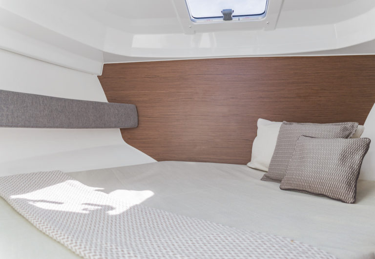 antares 8 cabin