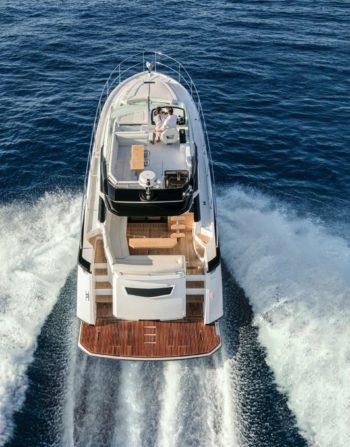 The Gran Turismo 50 Sportfly at the sea