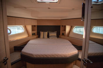 Swift Trawler 47 master bedroom